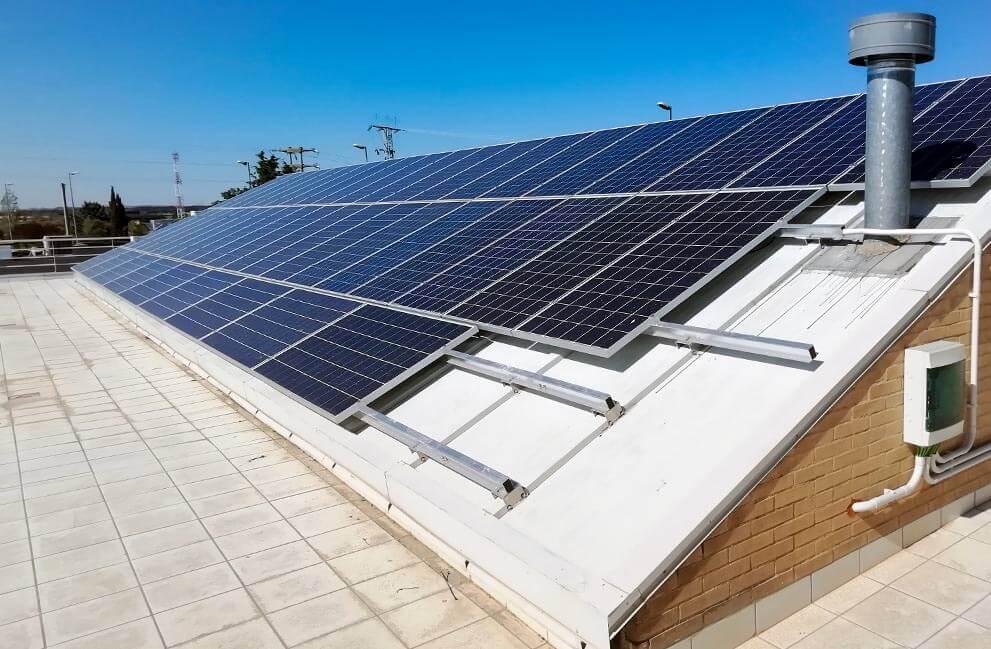 Instalación fotovoltaica en centro sanitario en Huesca 2