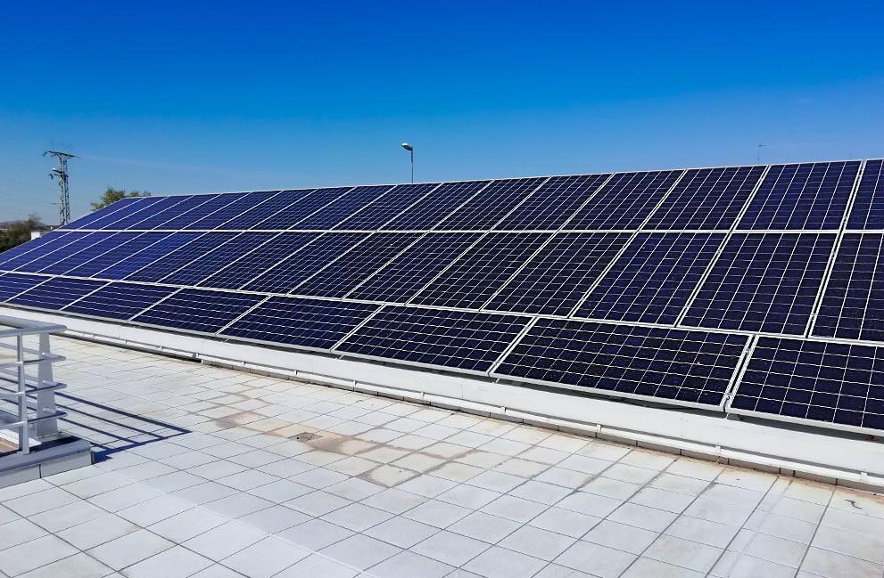 Instalación fotovoltaica en centro sanitario en Huesca