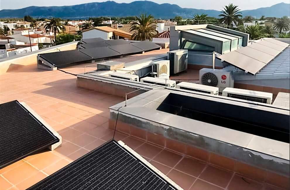 Instalación fotovoltaica en vivienda en Empuriabrava 3