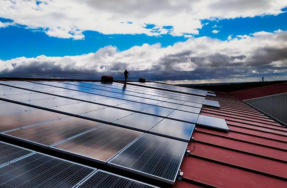 Instalación fotovoltaica en nave industrial en León