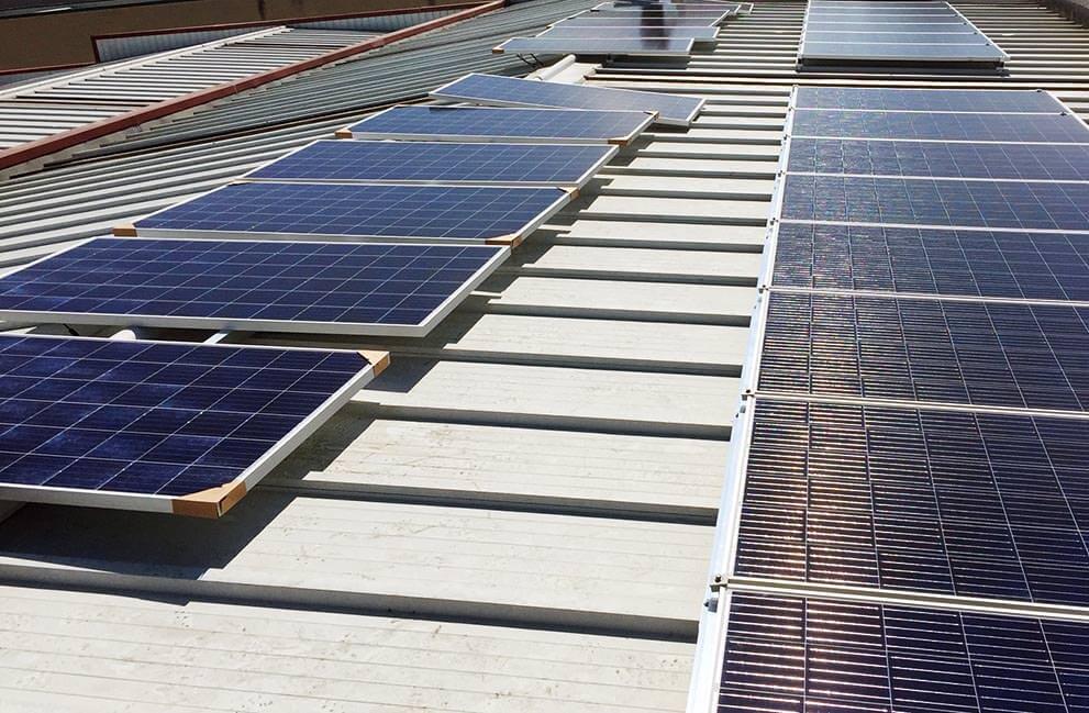 Instalación fotovoltaica en empresa en Vic 3