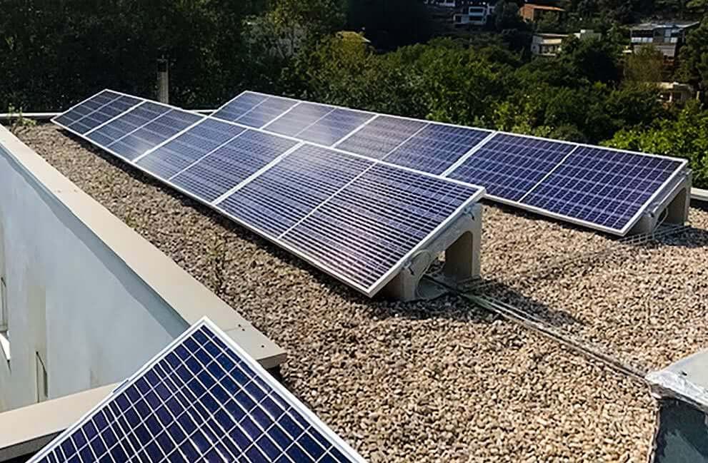 Instalación fotovoltaica en vivienda unifamiliar en Sant Cugat del Vallès 1