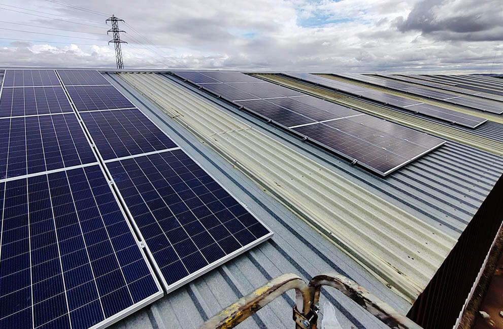 Instalación fotovoltaica en empresa dedicada a la fabricación de prefabricados de hormigón en Zamora 2