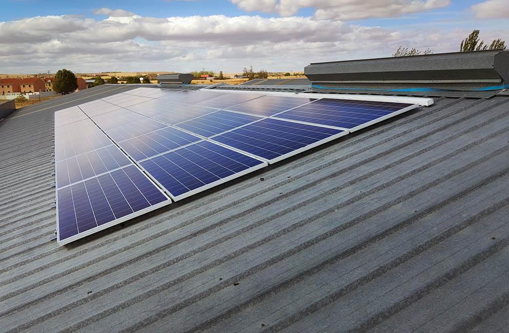 Instalación fotovoltaica en empresa dedicada a la fabricación de aislantes para la construcción en Zamora 2