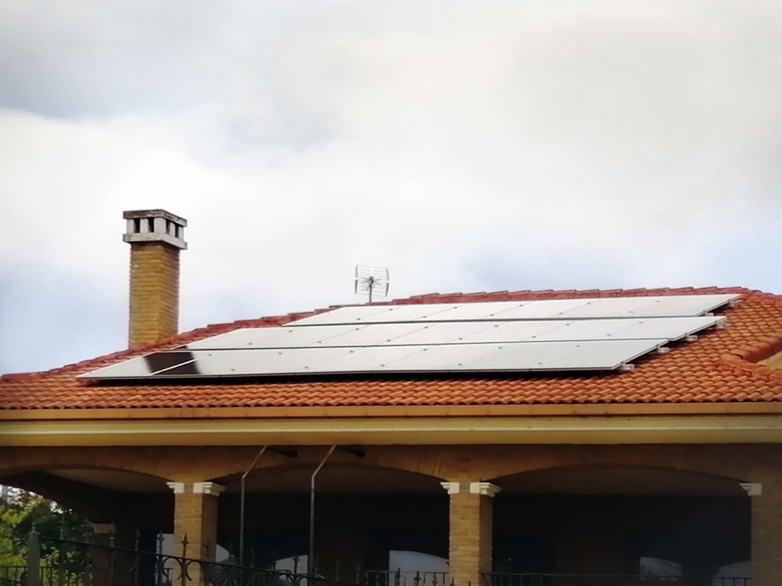Instalación fotovoltaica en vivienda unifamiliar en Valls