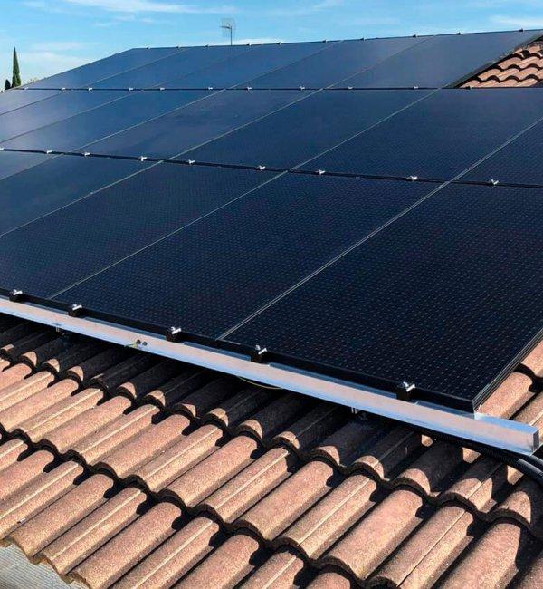 Instalación fotovoltaica en vivienda en Zaragoza 2