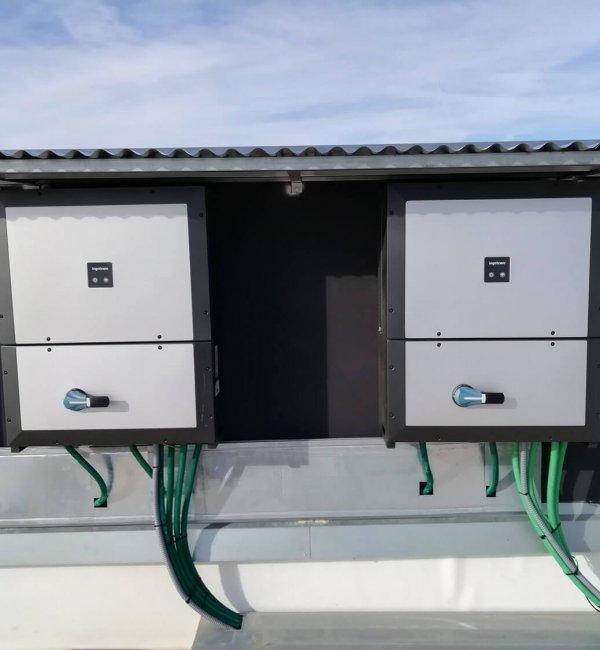 Instalación fotovoltaica en local de uso comercial 2