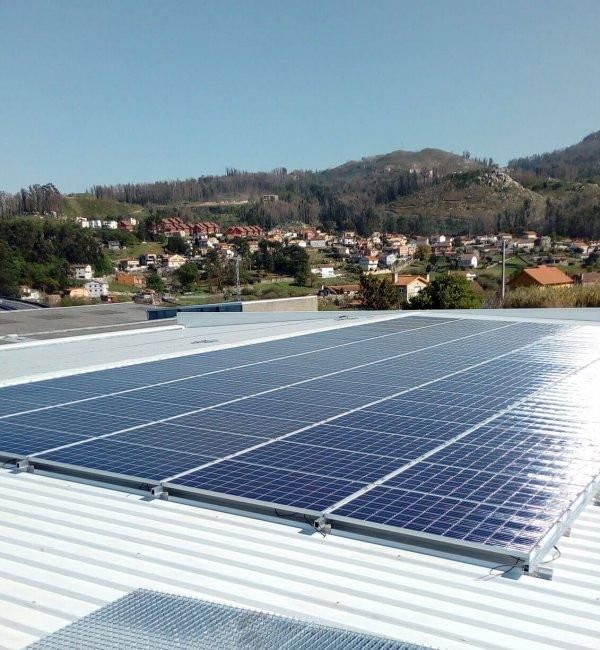 Instalación fotovoltaica en nave industrial en Vigo
