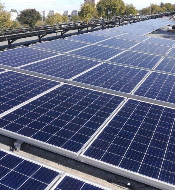 Instalación fotovoltaica en parking en Madrid