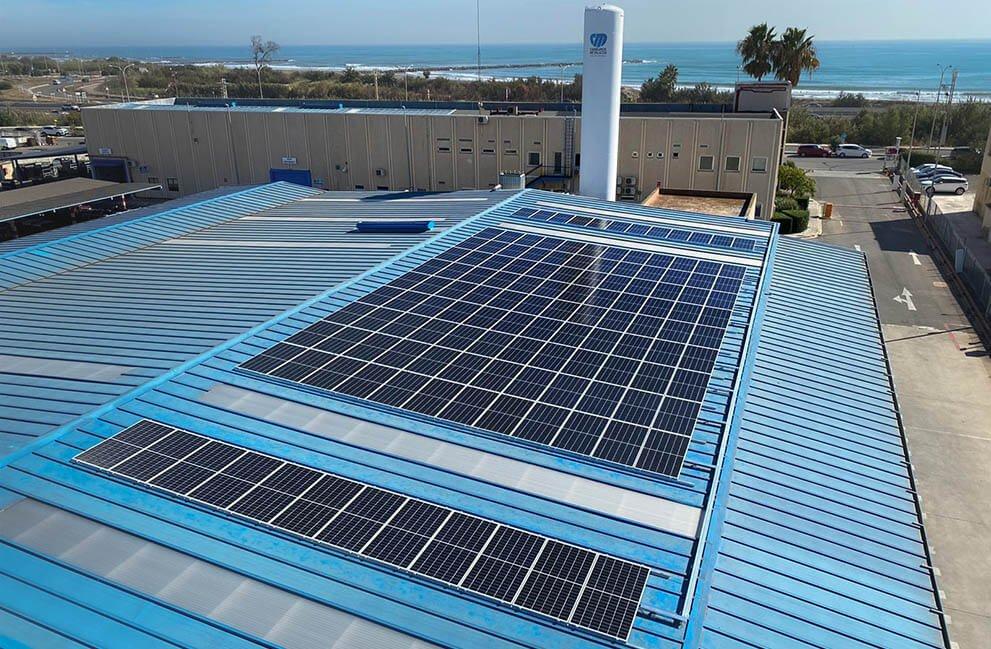 Instalación fotovoltaica en empresa de carburos metálicos en Massalfasar