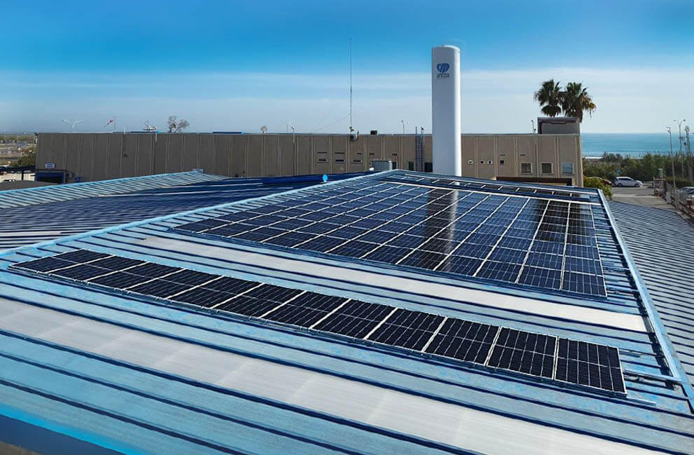 Instalación fotovoltaica en empresa de carburos metálicos en Massalfasar 4