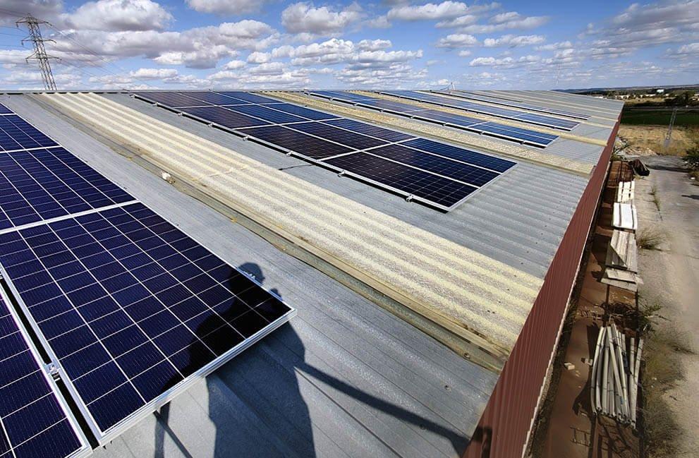 Instalación fotovoltaica en empresa dedicada a la fabricación de prefabricados de hormigón en Zamora