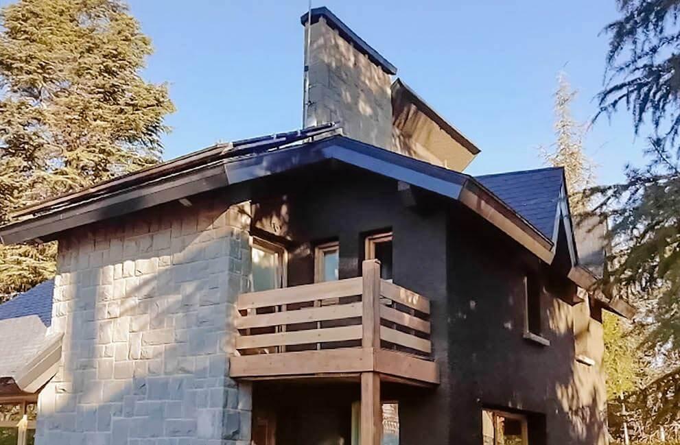 Instalación fotovoltaica residencial en Jaca