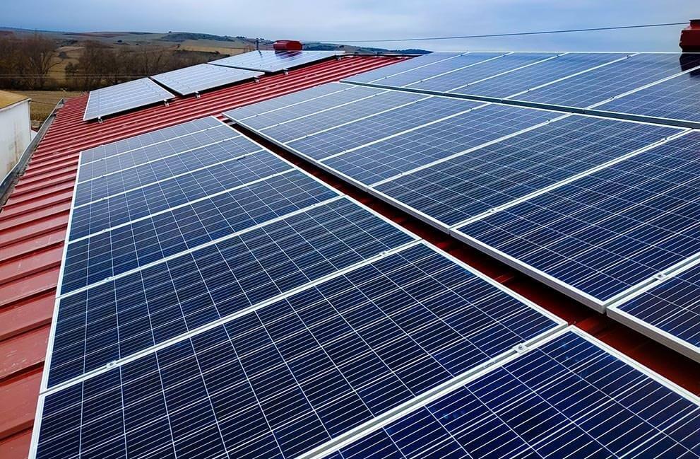 Instalación fotovoltaica en panificadora en Madrid
