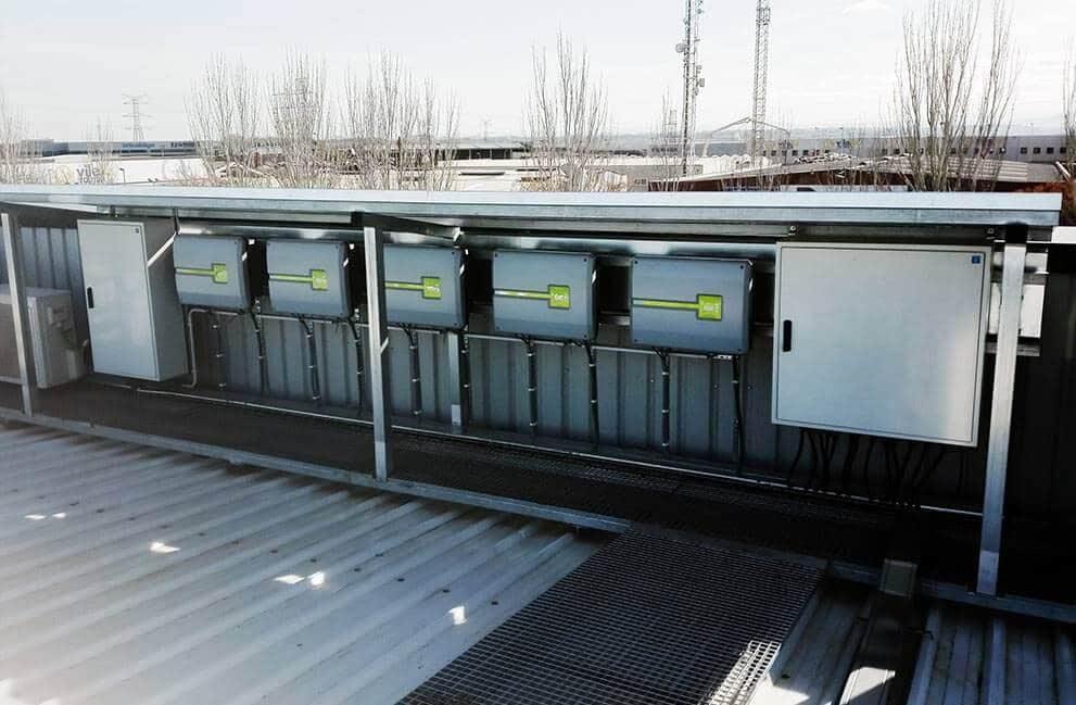 Instalación fotovoltaica en superficie comercial en Lleida 2