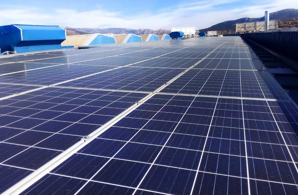 Instalación fotovoltaica en nave industrial en Madrid