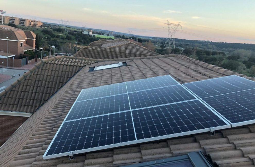 Instalación fotovoltaica en vivienda unifamiliar en Las Rozas