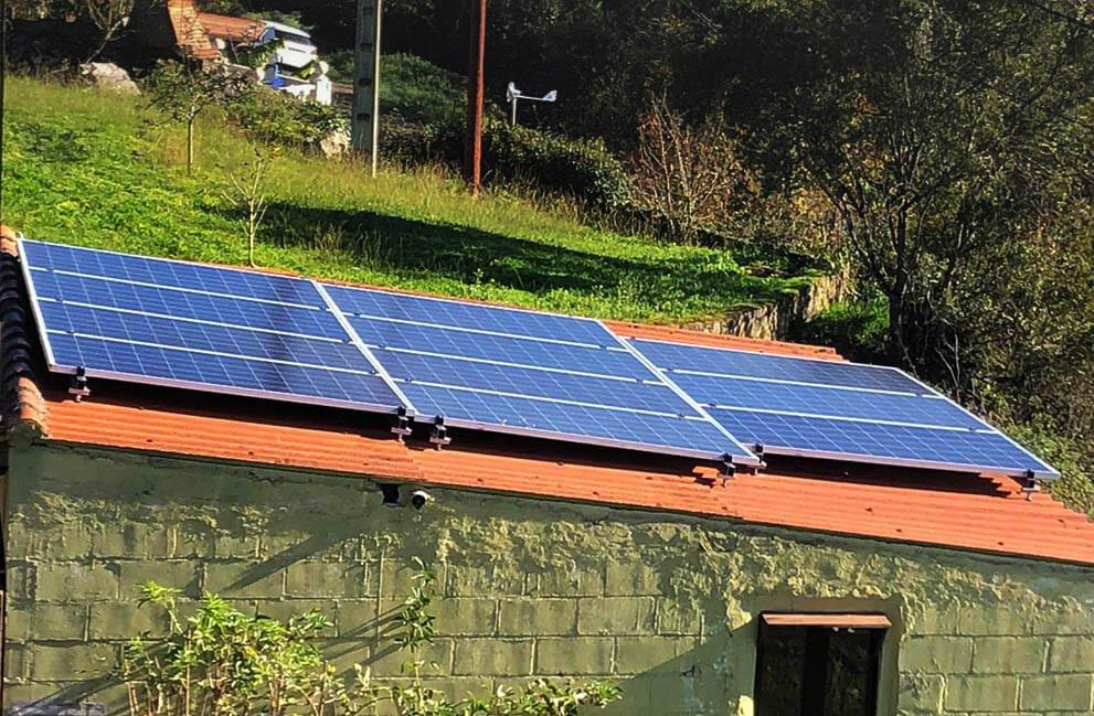 Instalación fotovoltaica en vivienda unifamiliar en Andallón 2
