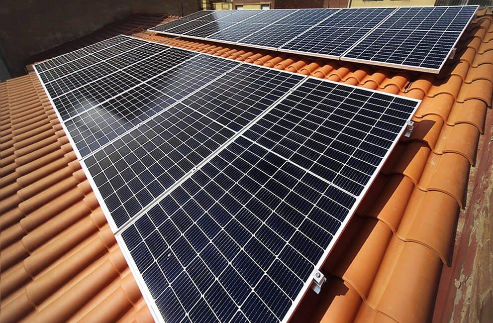 Instalación fotovoltaica en vivienda unifamiliar Passivhaus en León 2