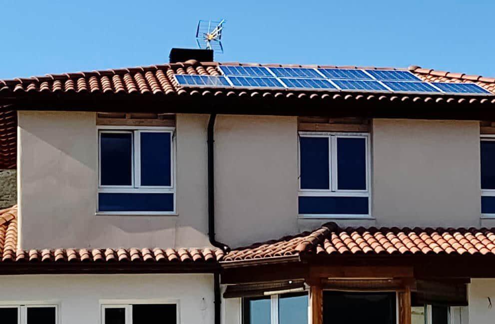 Instalación fotovoltaica en vivienda unifamiliar en Zulueta