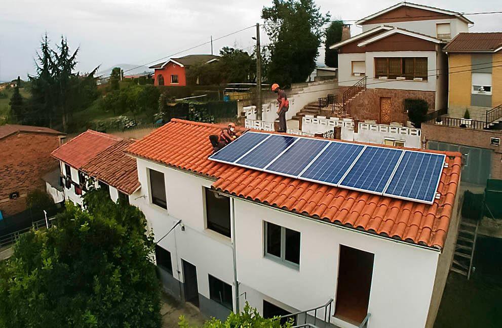 Instalación fotovoltaica en vivienda unifamiliar en El Berrón 1