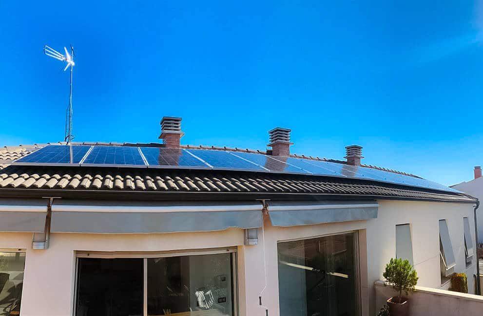 Instalación fotovoltaica en vivienda unifamiliar en Milagro