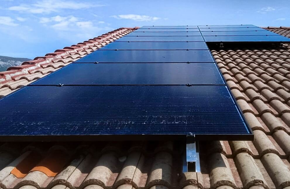 Instalación fotovoltaica en vivienda unifamiliar en Arbizu 2